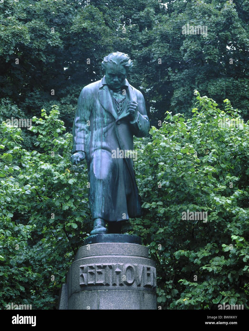 Beethoven Ludwig van bronze monument Karlovy Vary musician sculpture statue Czechia Europe - Stock Image