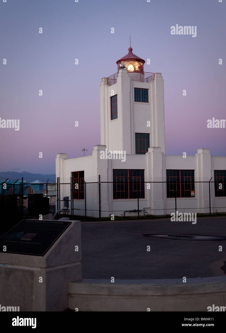 Port of Hueneme Lighthouse at sunset - Stock Image