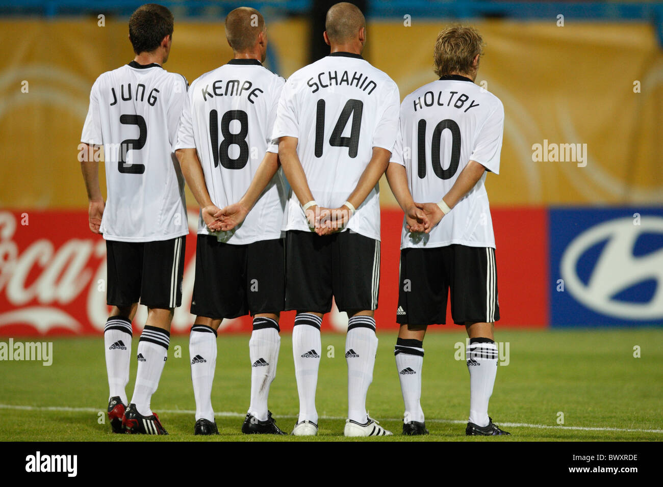 German players set up a defensive wall during a FIFA U-20 World Cup Group C match against Cameroon October 2, 2009 - Stock Image