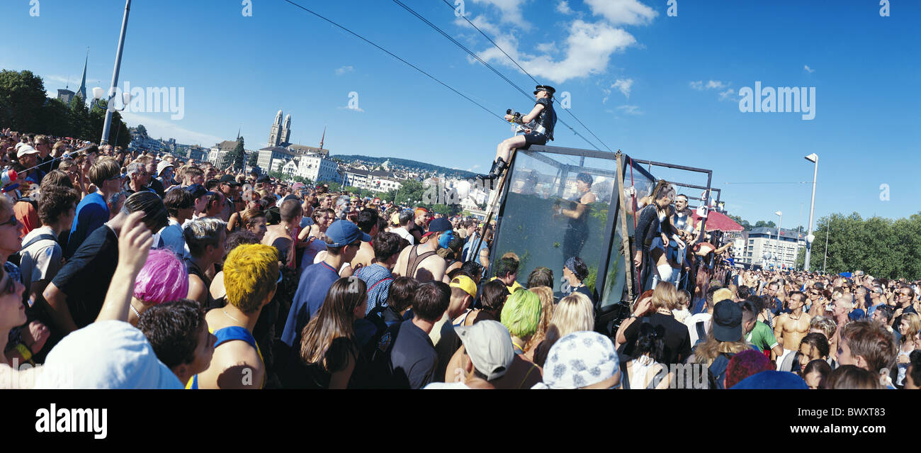 1999 canton Zurich crowd of people no model release panorama Switzerland Europe Streetparade party fête Te - Stock Image