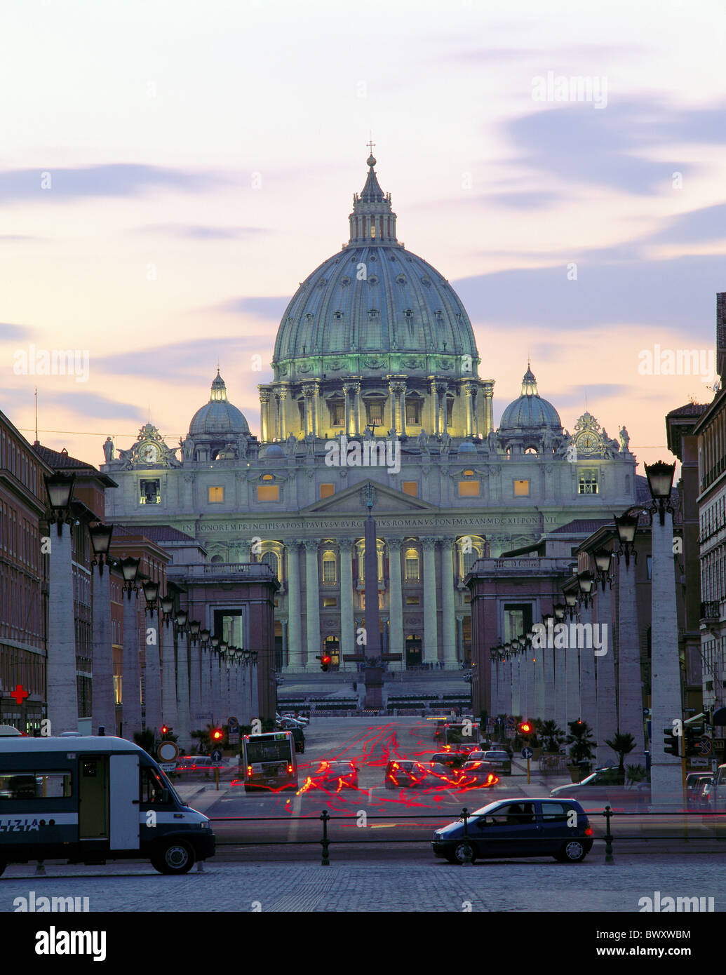 Italy Europe at night Peter's cathedral Rome column avenue Vatican traffic - Stock Image