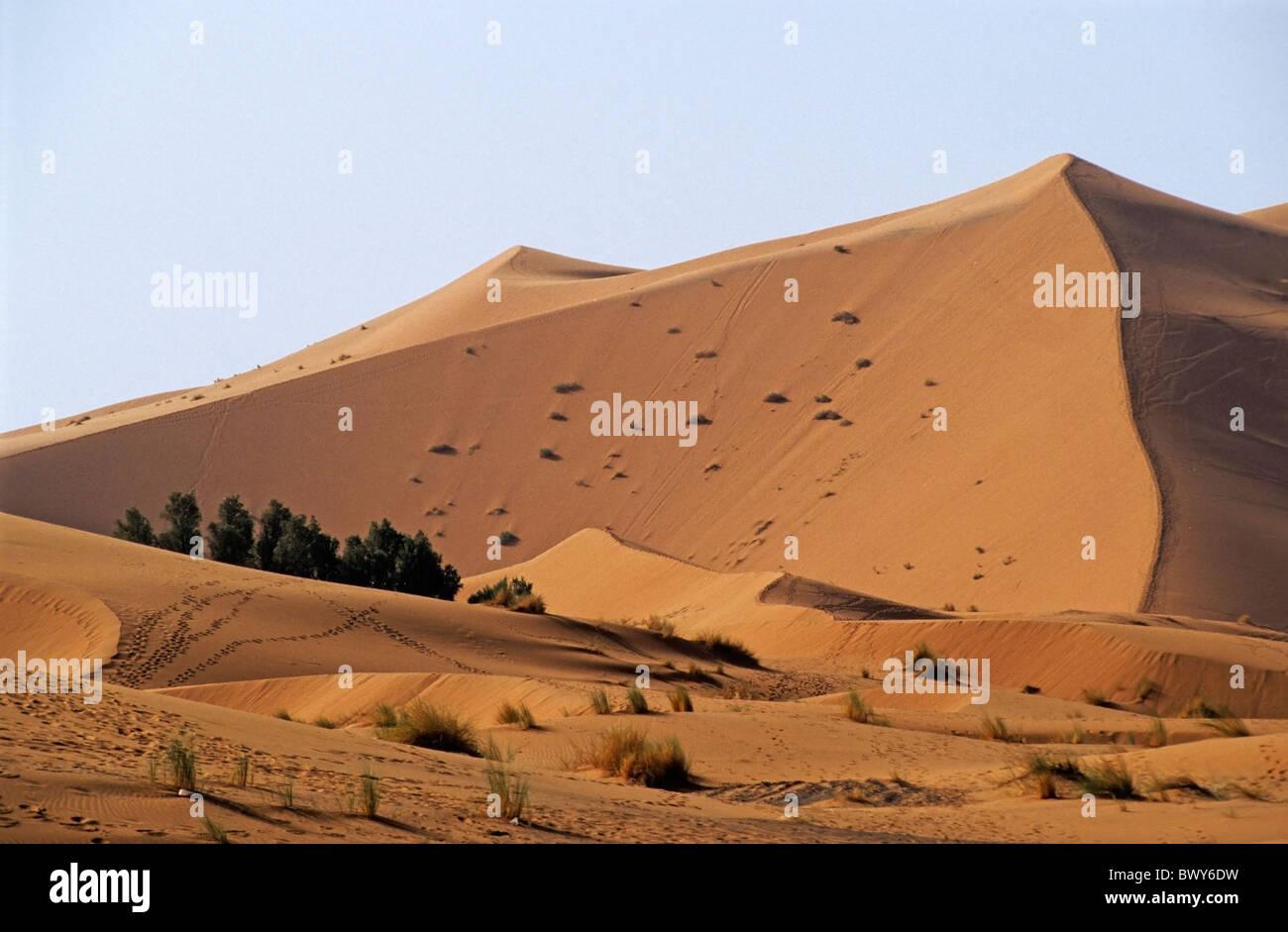 The Great Merzouga Dune in the Sahara desert, Erg Chebbi, Morocco. - Stock Image