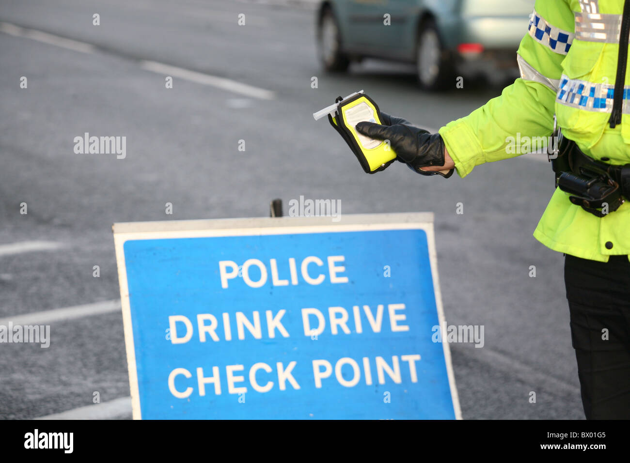 Roadwars Com Test >> Drink Drive Law Breathalyser Police Road Wars Stock Photo