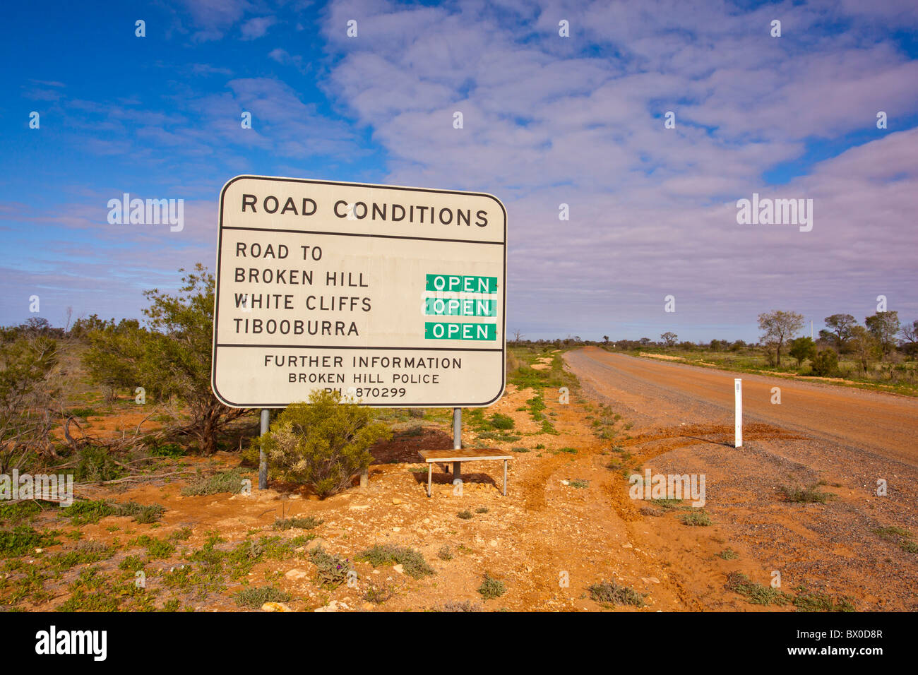 Road conditions sign in Mutawintji National Park, Broken Hill, New South Wales - Stock Image