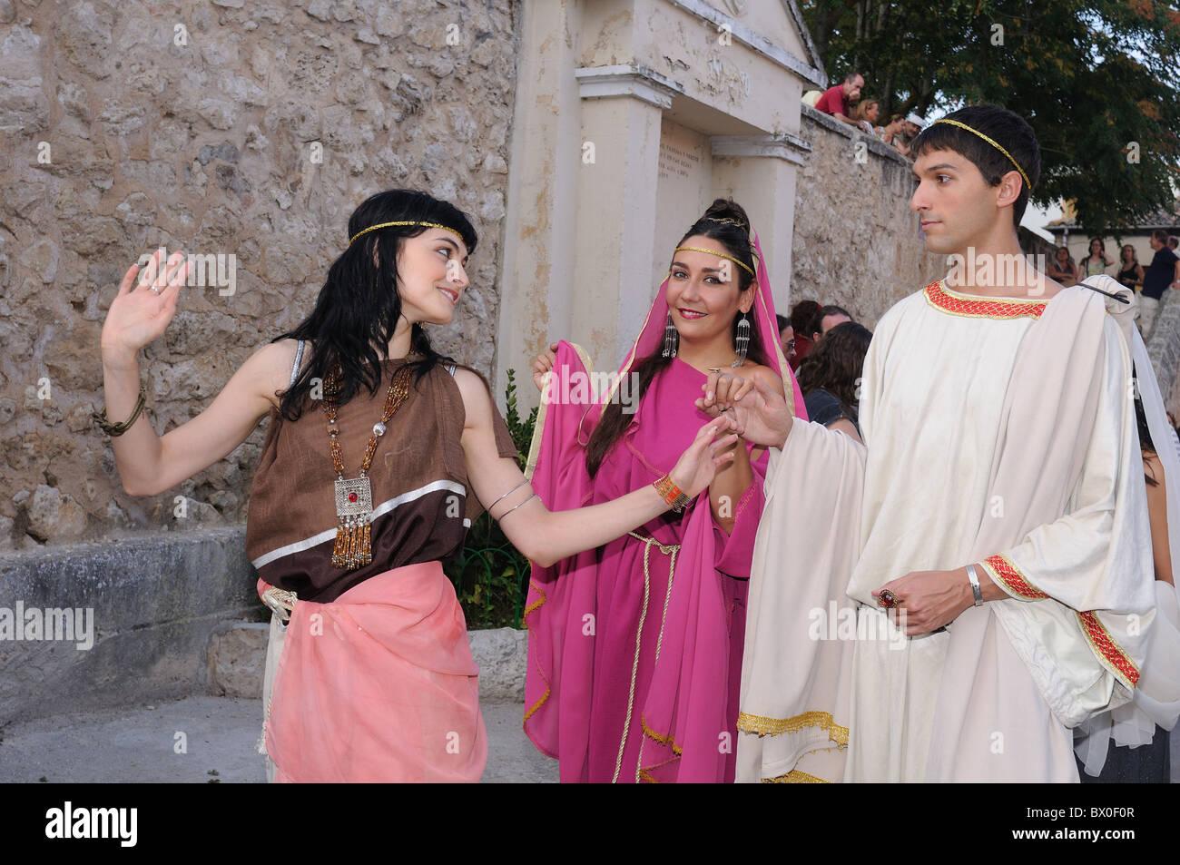 """Roman festival of the """"  God Bacchus """"  Representation of the Roman aristocracy  BAÑOS DE VALDEARADOS    Burgos Stock Photo"""