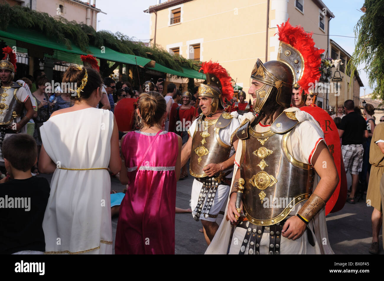 "Roman festival of the ""  God Bacchus ""  Legionaries in the market    BAÑOS DE VALDEARADOS    Burgos    SPAIN Stock Photo"
