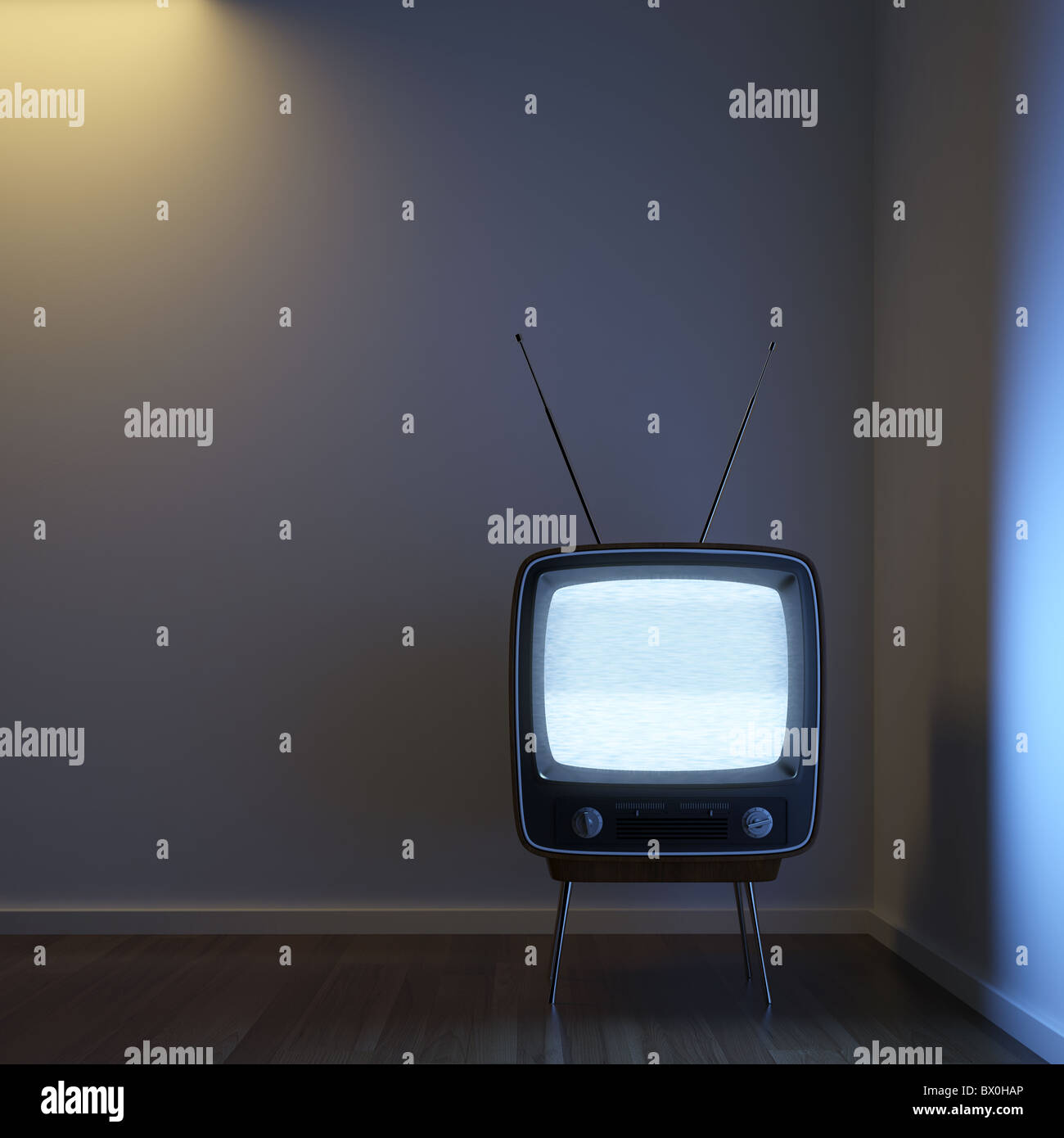 a single retro TV in a corner room showing signal noise with dramatic lighting setup to emphasize the concept of - Stock Image
