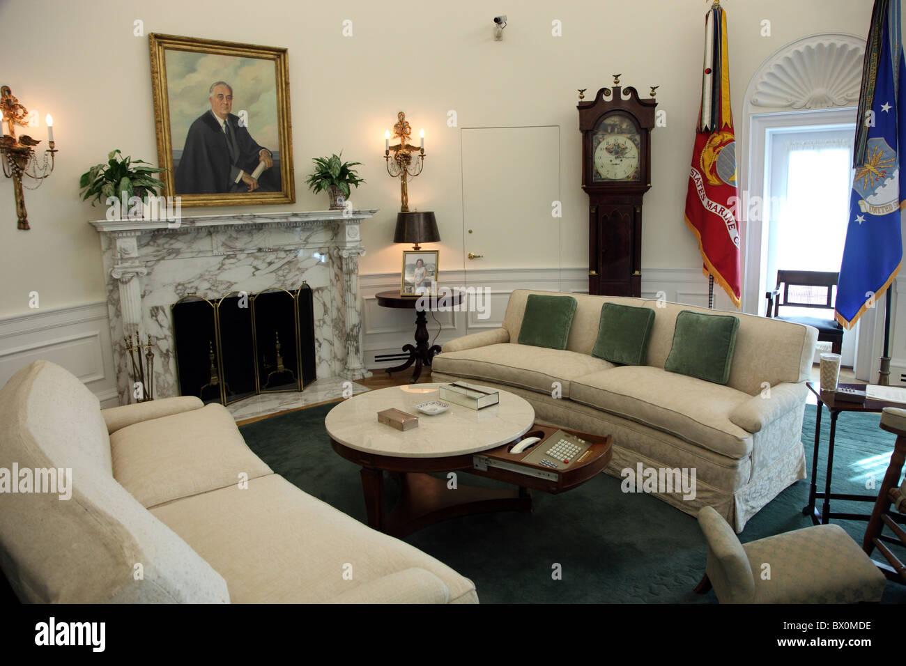 Oval Office replica LBJ Library Austin Texas Stock Photo 33207482