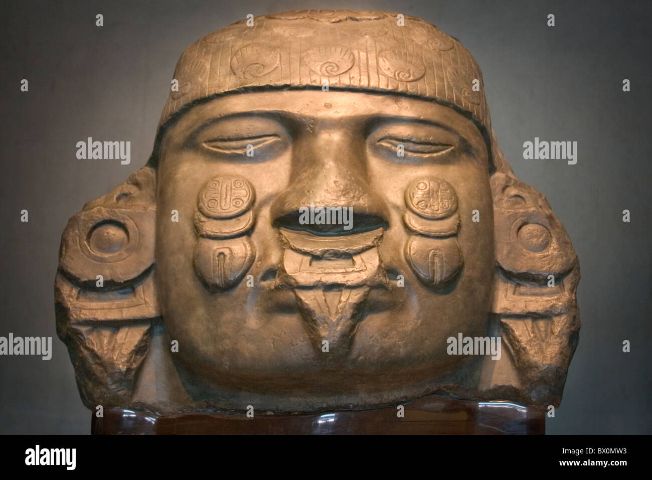 Statue of Aztec moon goddess Coyolxauhqui 'Woman with bells on her cheeks', National Museum of Anthropology - Stock Image