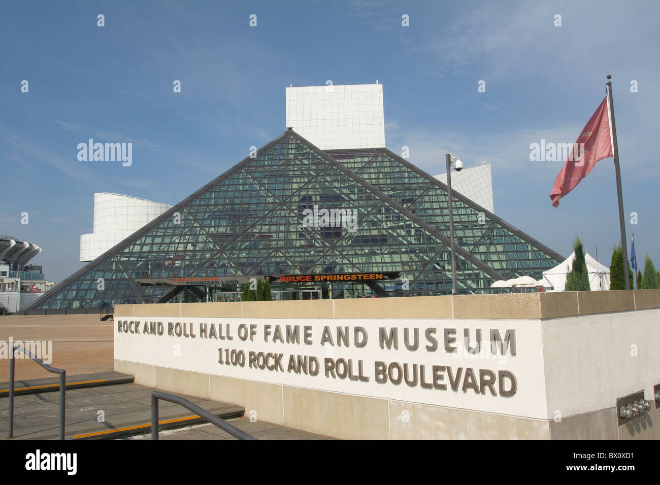 Rock Roll Hall Fame Museum Stock Photos & Rock Roll Hall Fame Museum ...