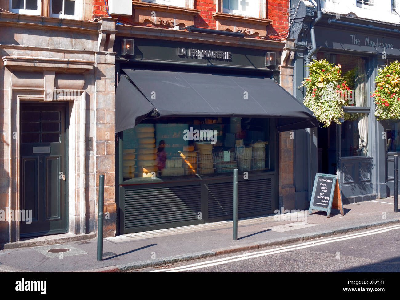 La Fromagerie, Moxon Street, London, England, UK, Europe - Stock Image