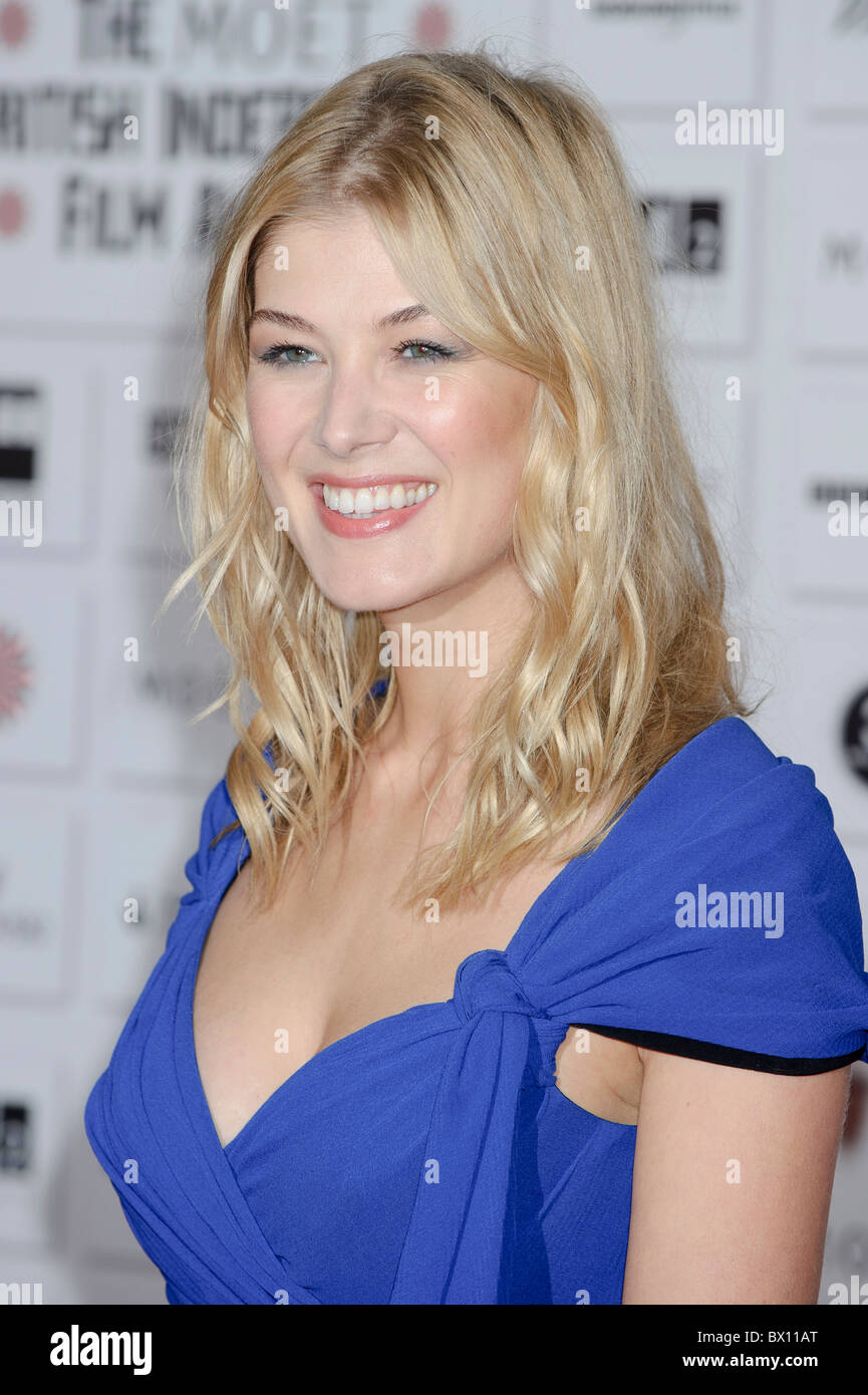 Rosamund Pike attends the Moet Independent Film Awards, Old Billingsgate Market, London, 5th December 2010. - Stock Image