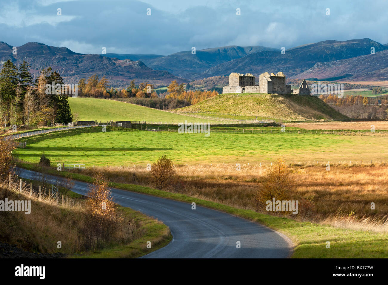 Ruthven Barracks from the B970 - Stock Image