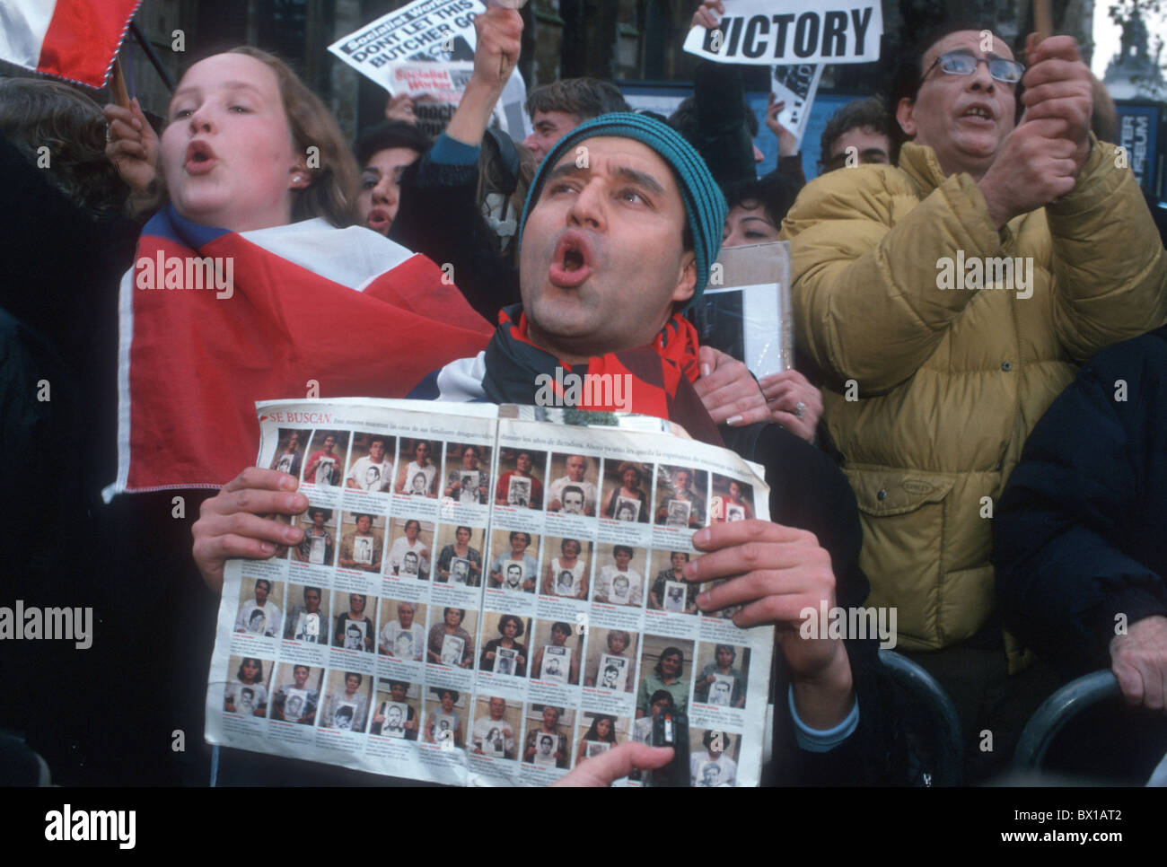 Uk Demonstration To Celebrate Arrest Of Late General Pinochet In Stock Photo Alamy