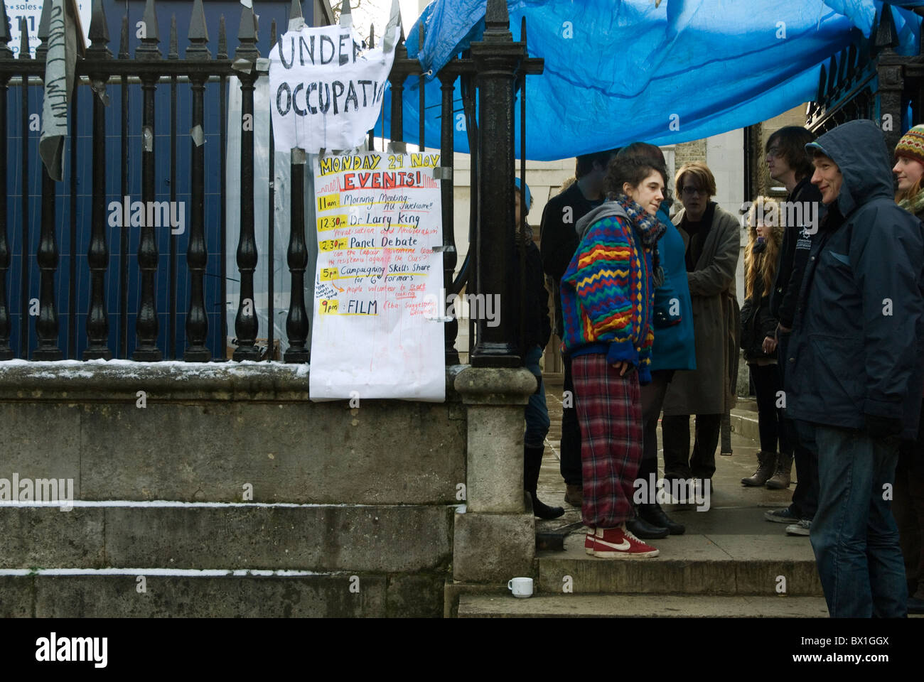 Students outside the Old Schools Building in Cambridge which they occupied to protest against planned increases - Stock Image