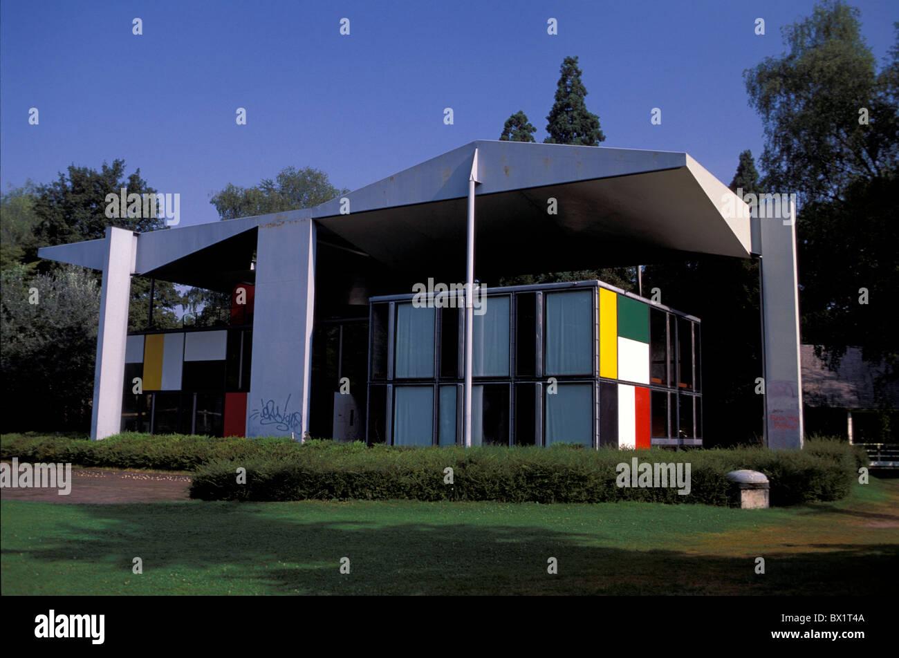 Art city culture heidi weber house le corbusier modern architecture zurich private museum skill switzerland