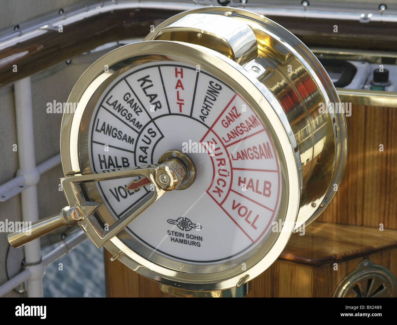 control detail DS Hohentwiel gas lever helm lake Lake of