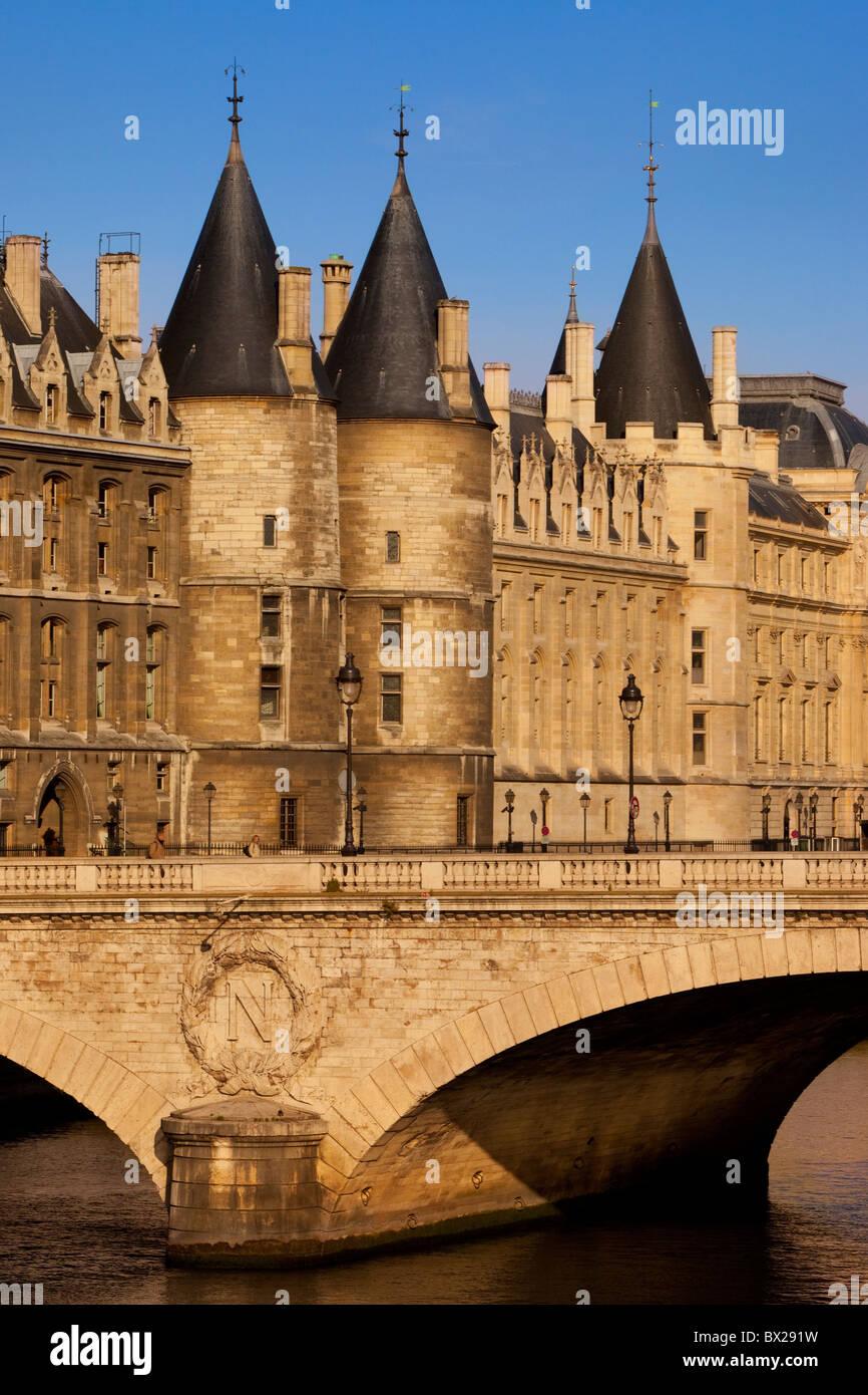 River Seine, Conciergerie and Pont au Change, Paris France - Stock Image