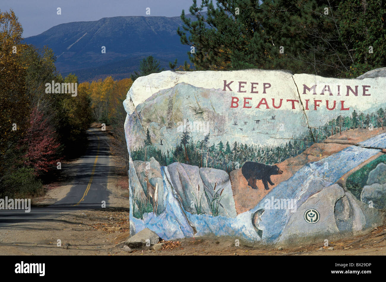 Keep Maine Beautiful tip indication message embassy environment environment protection tourism rock cliff paints - Stock Image