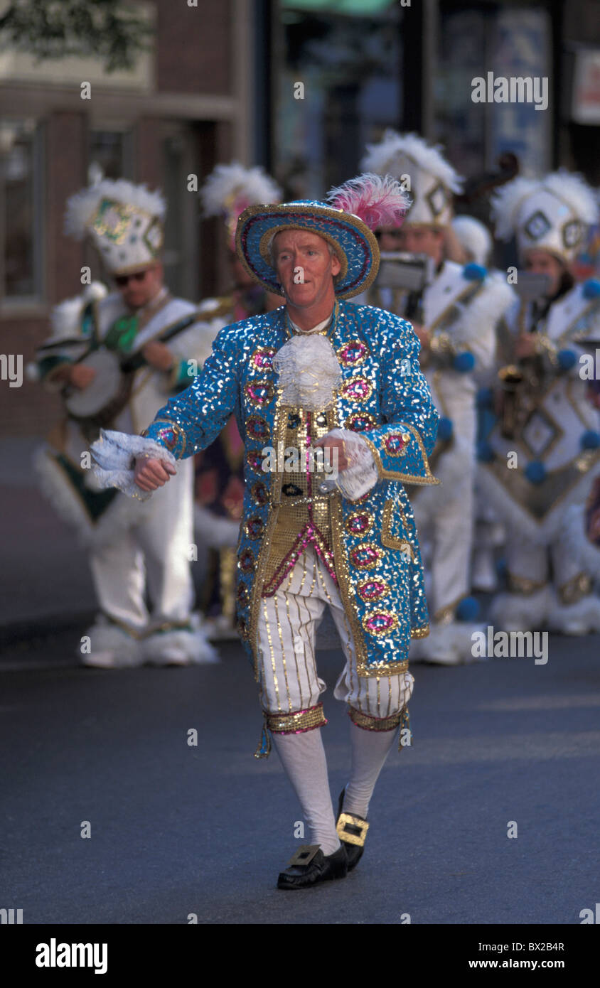 Marching tape volume Marchingband relocation move music musician costumes celebration Street parade Downtown - Stock Image