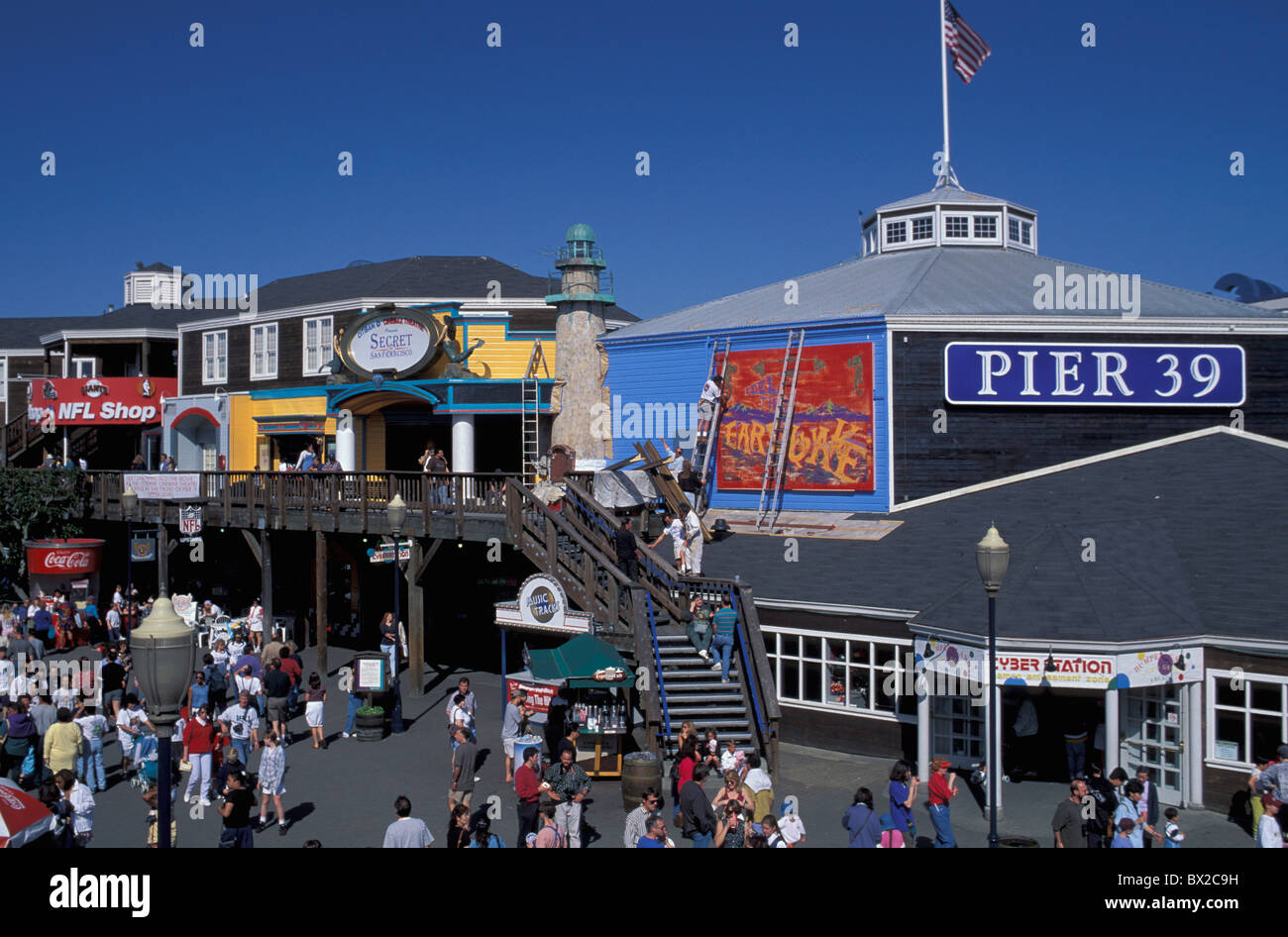 pier jett 39 stores shops dealings people lives San Francisco California USA United States America - Stock Image