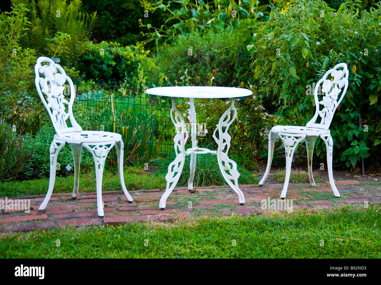 Backyard garden furniture cast iron painted white from ...