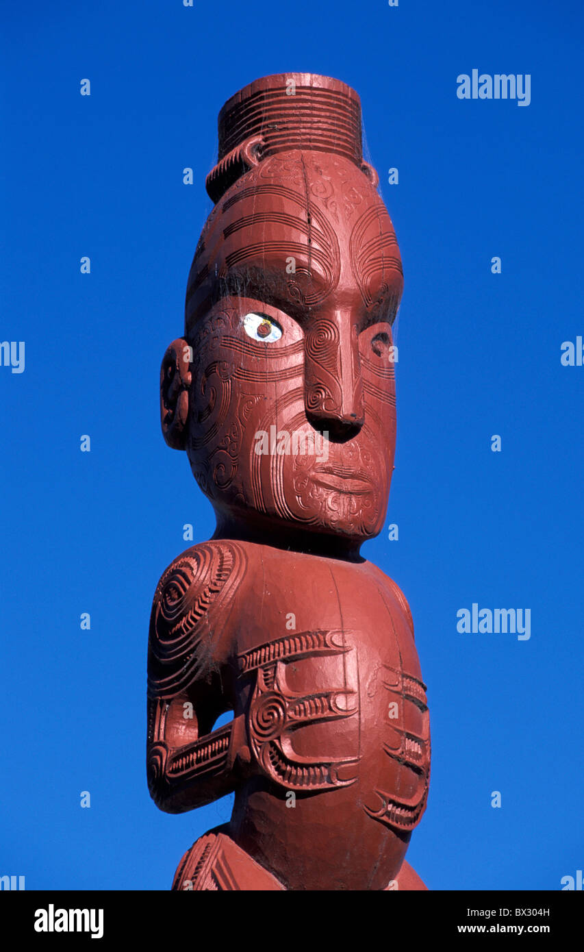 Maori Arts and Crafts Institute Carvings Crafts North Island Maori Rotorua New Zealand sculpture tradition - Stock Image