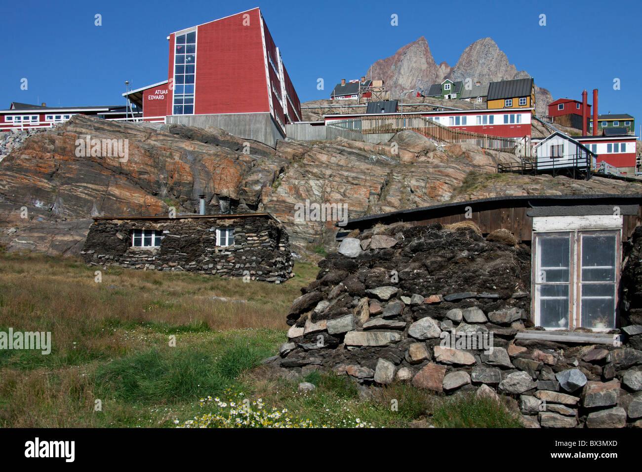 Qarmaq / qammaq, traditional sod houses at the Uummannaq Museum, North-Greenland, Greenland - Stock Image