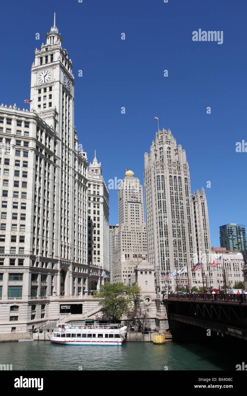 Chicago River and Wrigley Building - Stock Image