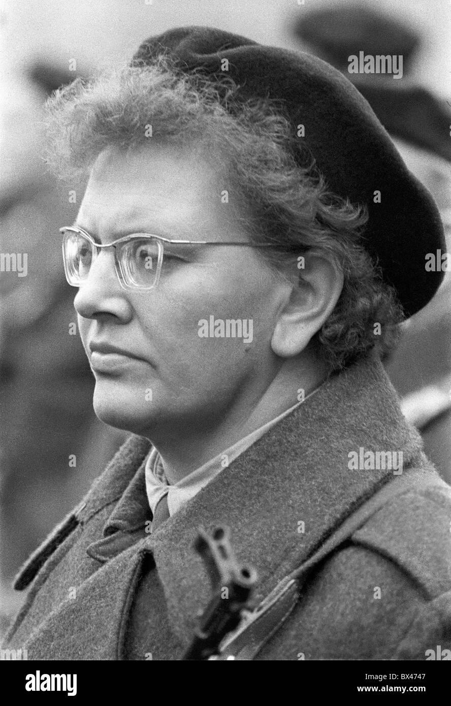 People´s Militia, submachine gun, woman - Stock Image