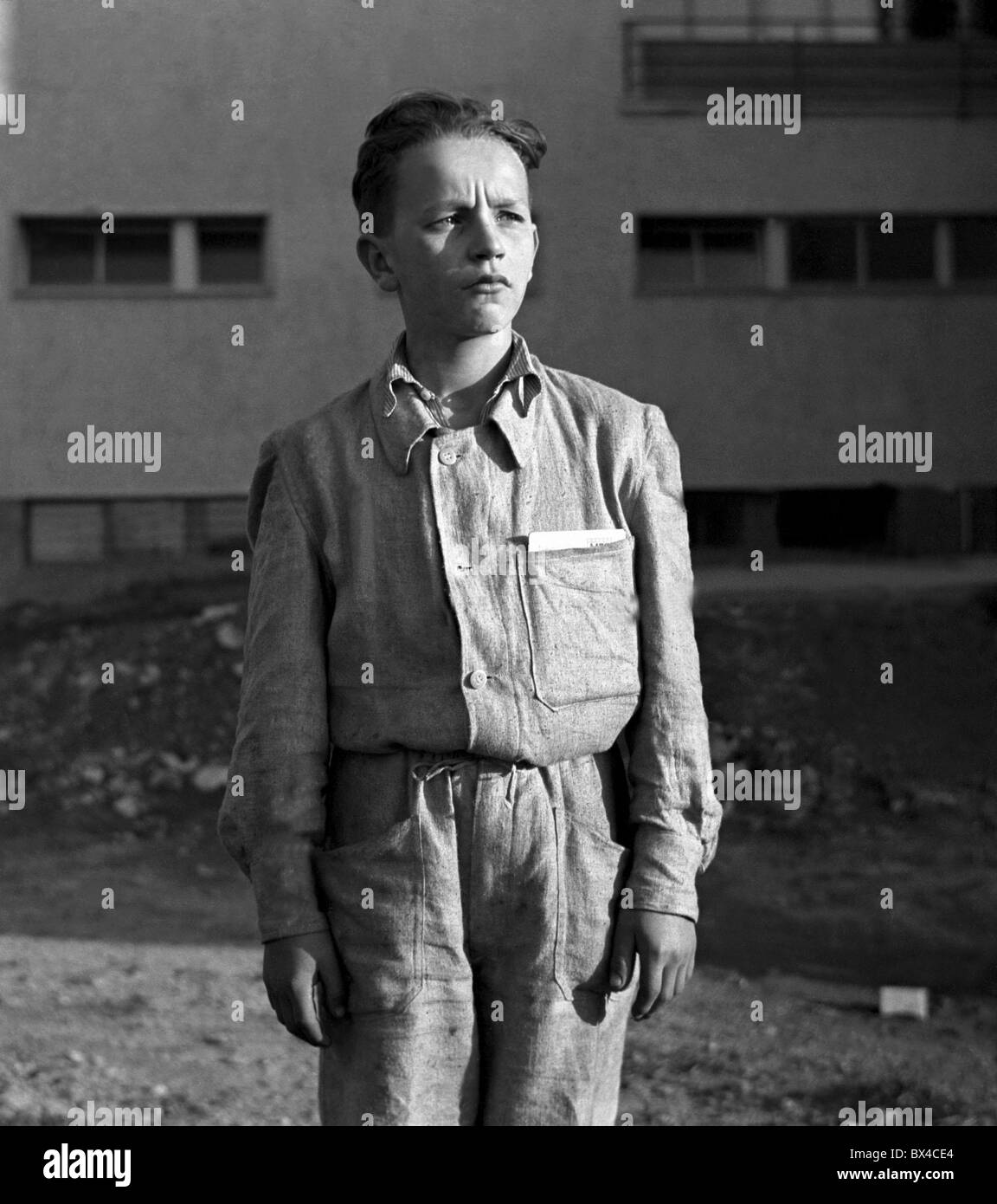 teenage boy recruited to become iron worker - Stock Image