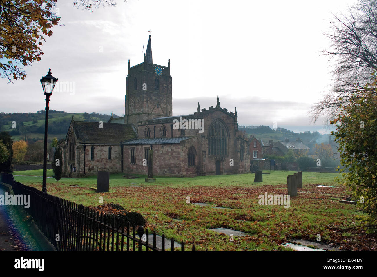 St. Mary's Church and churchyard, Wirksworth, Derbyshire - Stock Image