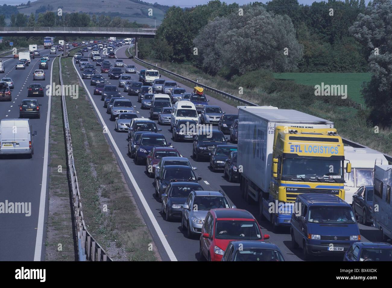 Traffic jam on M5 motorway, Somerset, UK Stock Photo: 33299999 - Alamy