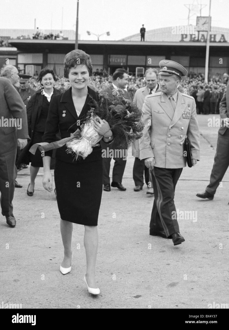 First woman in space, Soviet astronaut Valentina Tereskovova,  in Prague, Czechoslovakia 1963. (CTK Photo) - Stock Image