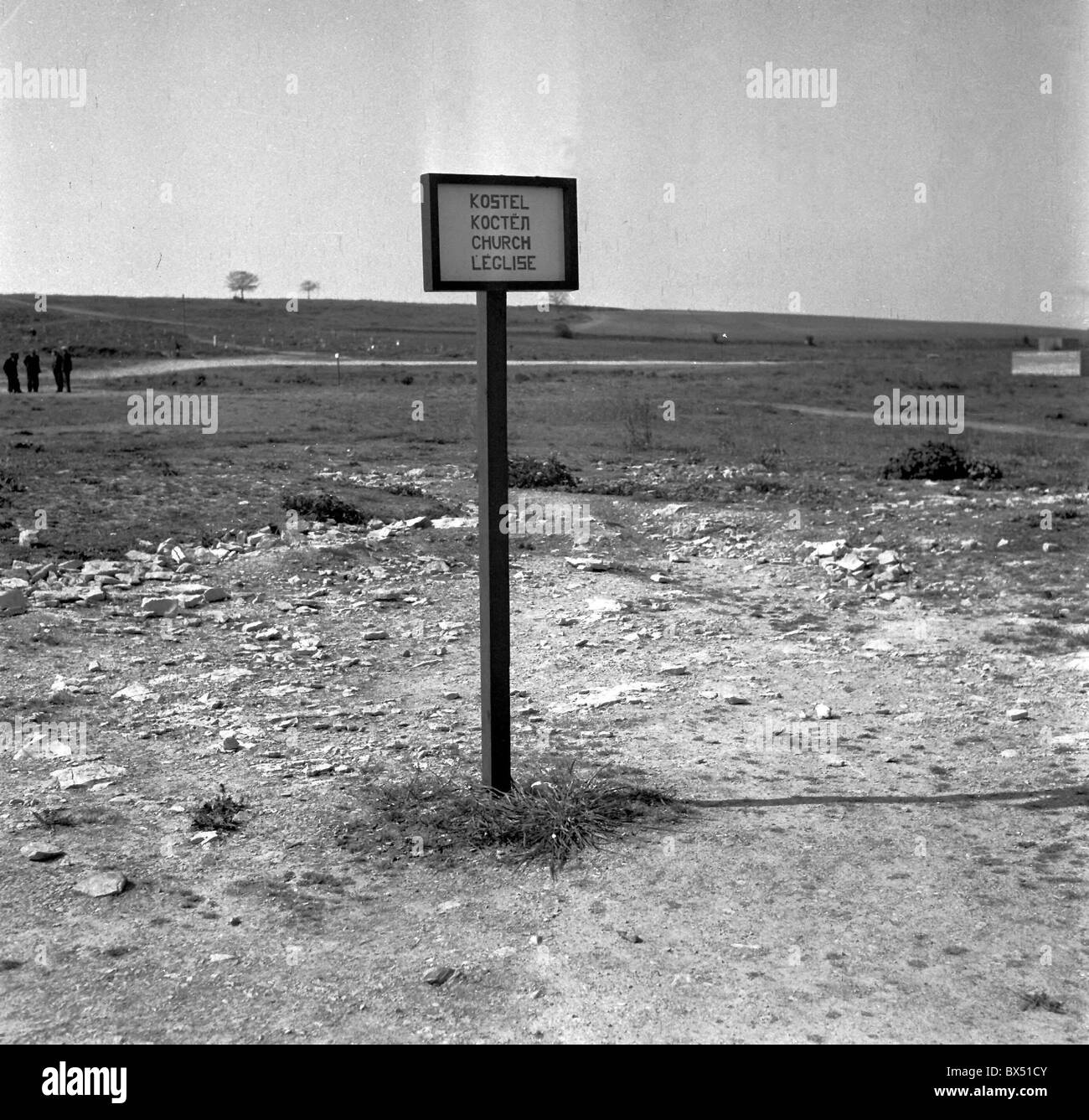 Czechoslovakia - Lidice 1947  Sign in the middle of undisturbed