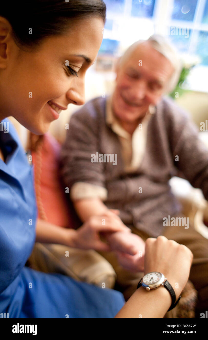 Checking pulse - Stock Image