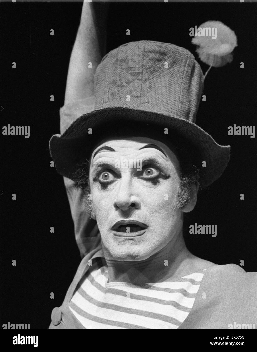 French actor and mime Marcel Marceau performing in Prague, June 1967. CTK Photo/Oldrich Picha Stock Photo