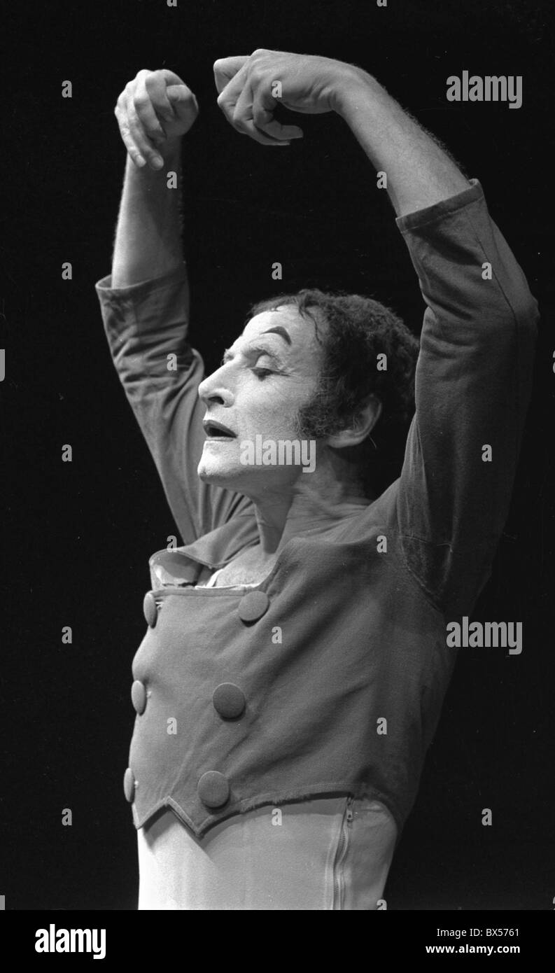 French actor and mime Marceal Marceau performing in Theatre at Vinohrady in Prague, September 1969.  CTK Photo/Jan Stock Photo