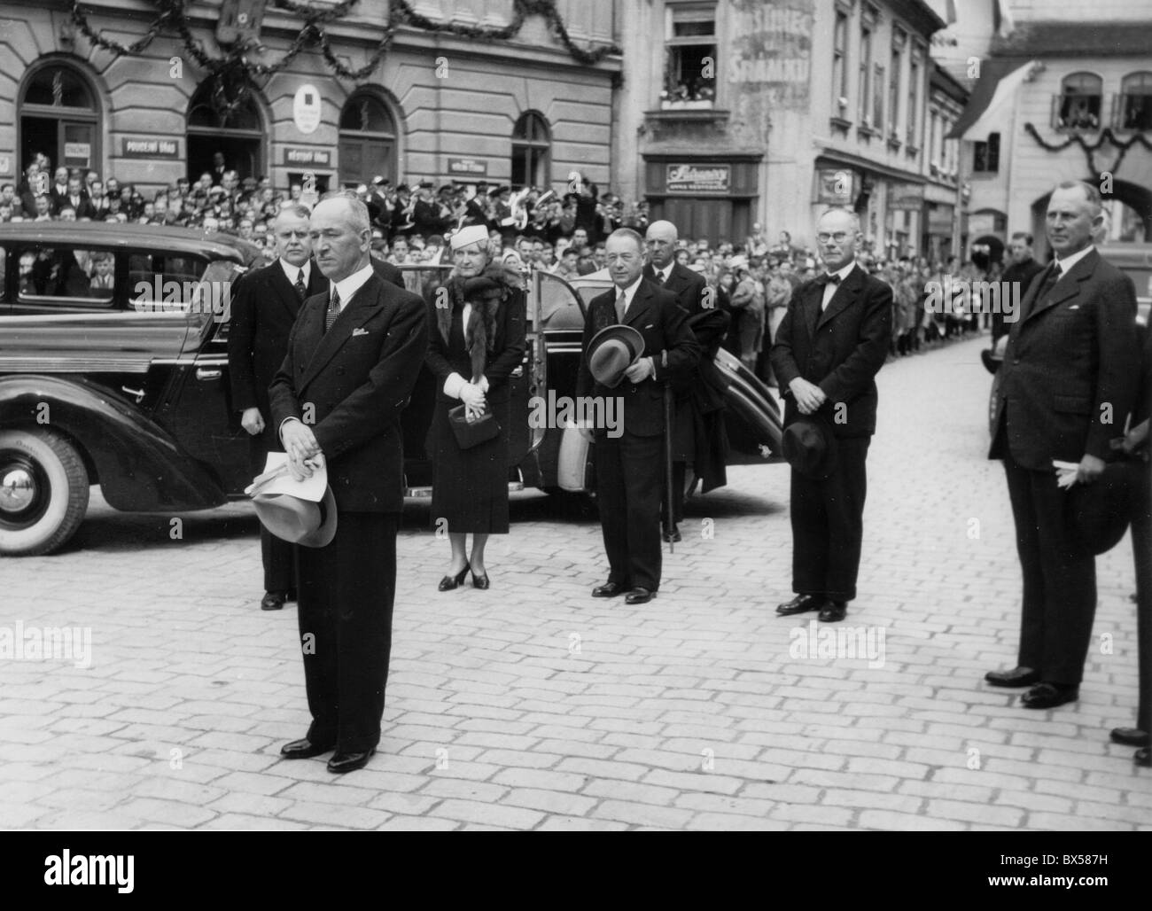 Trebon 1937, President Edvard Benes of Czechoslovakia accompanied by his wife Hana during the town visit. - Stock Image