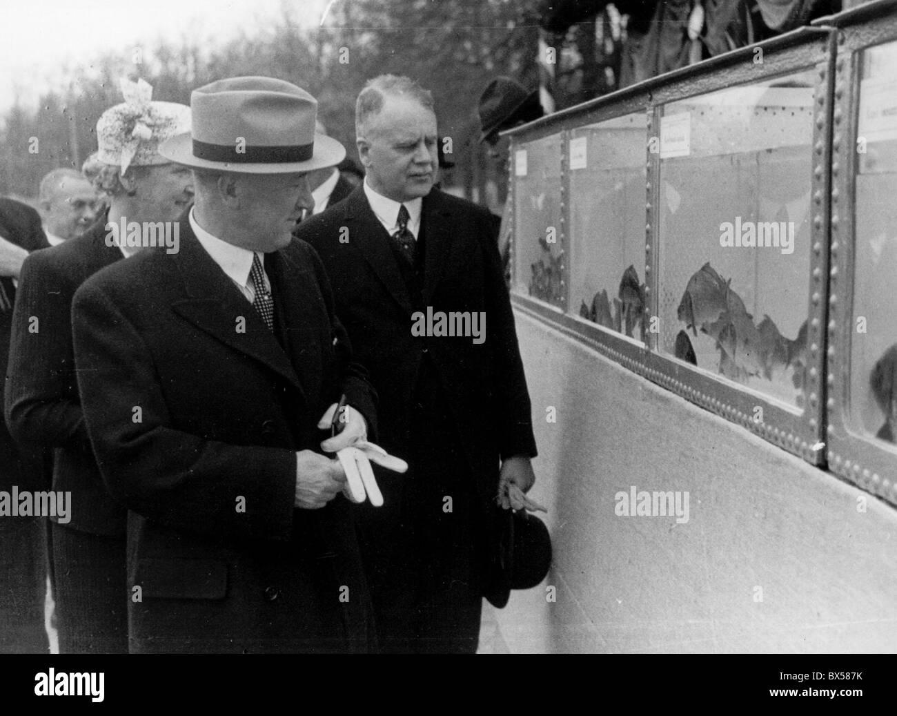 Trebon 1937, President Edvard Benes of Czechoslovakia accompanied by his wife Hana during town visit. - Stock Image