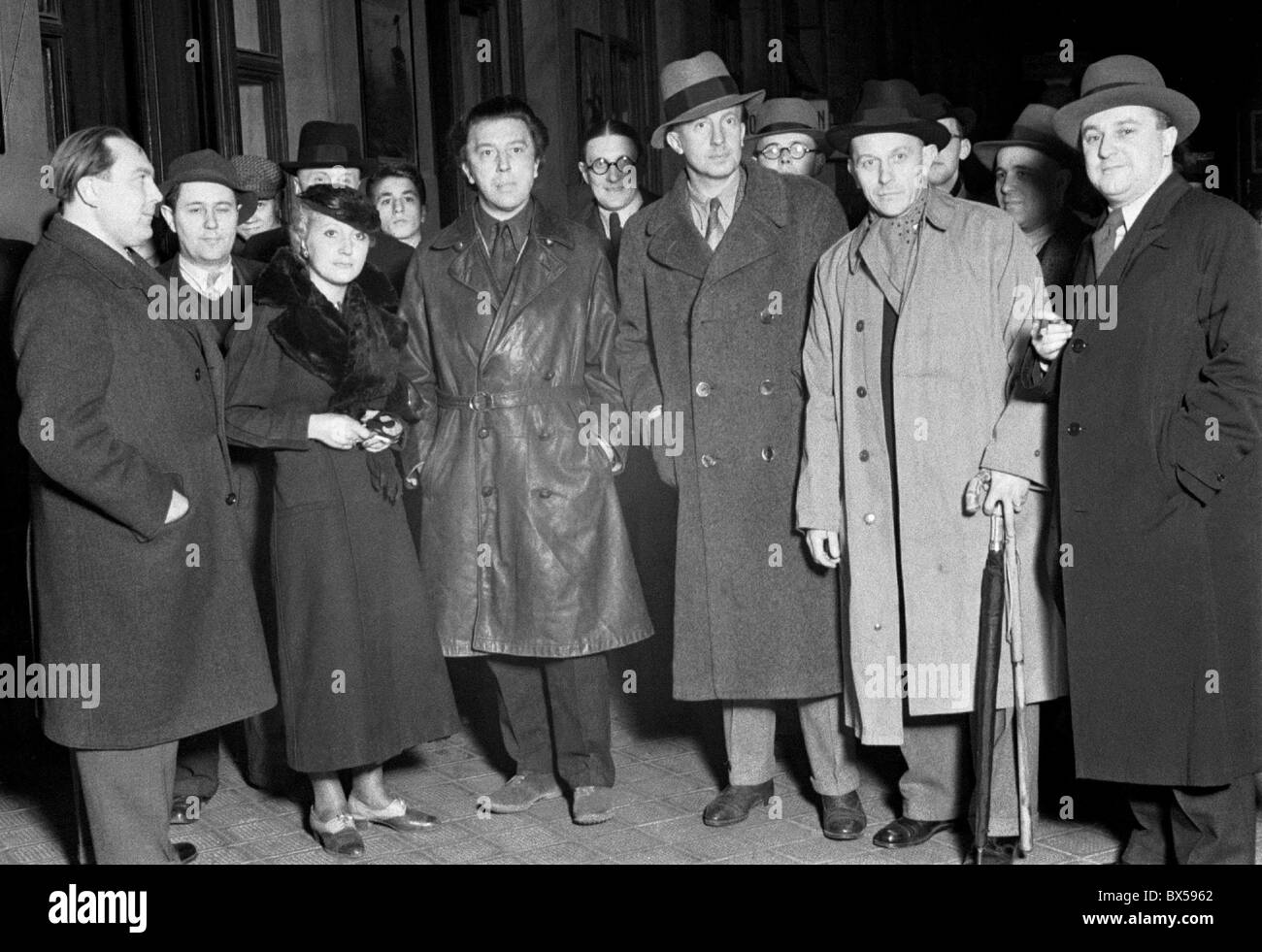 Surrealist poet Andre Breton in Pragues' s Wilson Tran Station. With him are poets Vitezslav Nezval and Paul - Stock Image