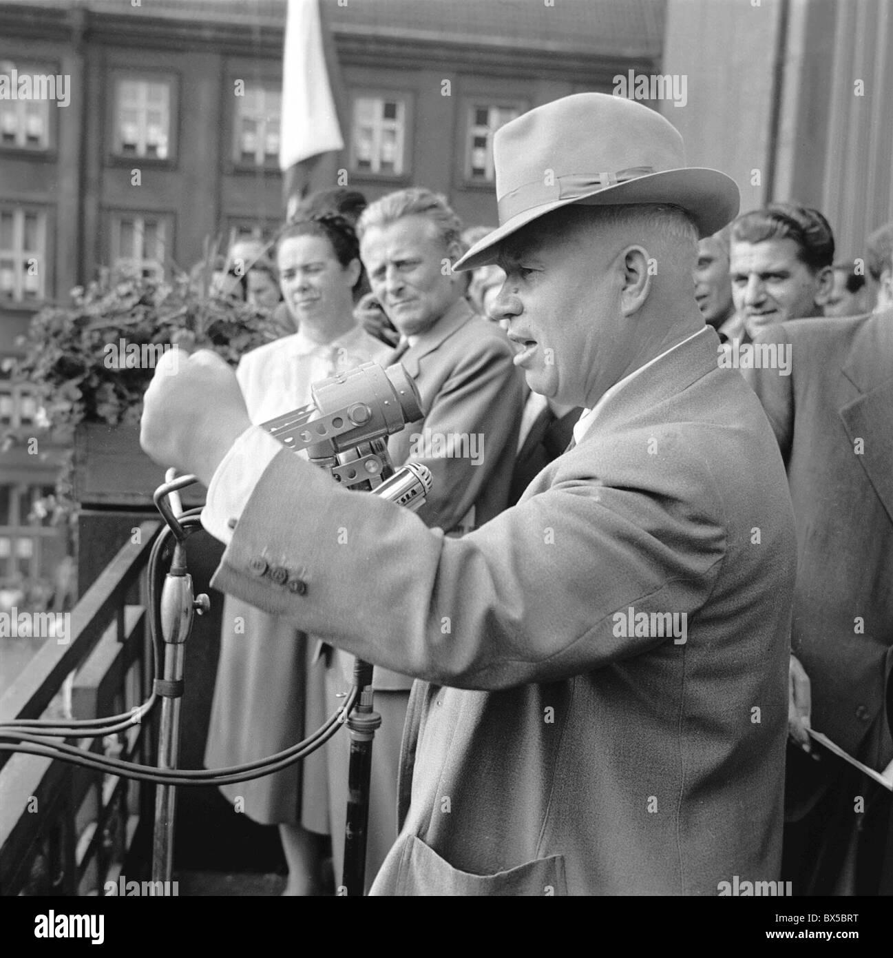 Nikita Khrushchev, Antonin Novotny, gesture, hat, speech - Stock Image