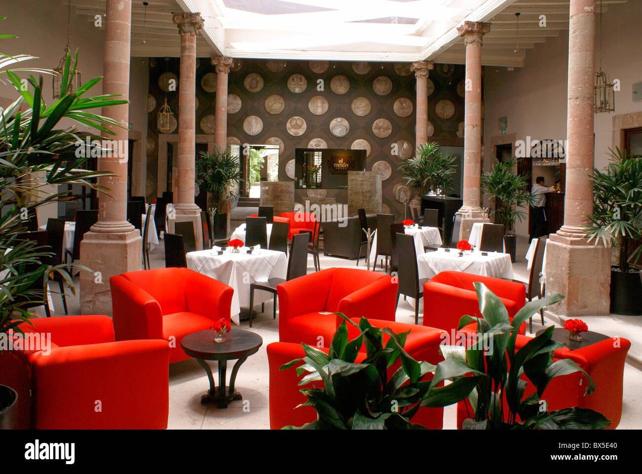 El Ochenta, an upscale restaurant in San Miguel de Allende, Guanajuato, Mexico. - Stock Image