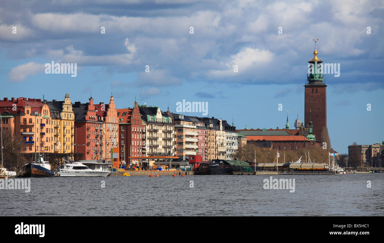 On King's Island in Stockholm, on the shores of the Riddarfjärd: the Town Hall (Stadshuset). Stock Photo