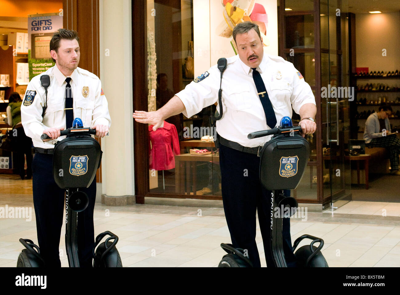 KEIR O'DONNELL & KEVIN JAMES PAUL BLART: MALL COP (2009) - Stock Image