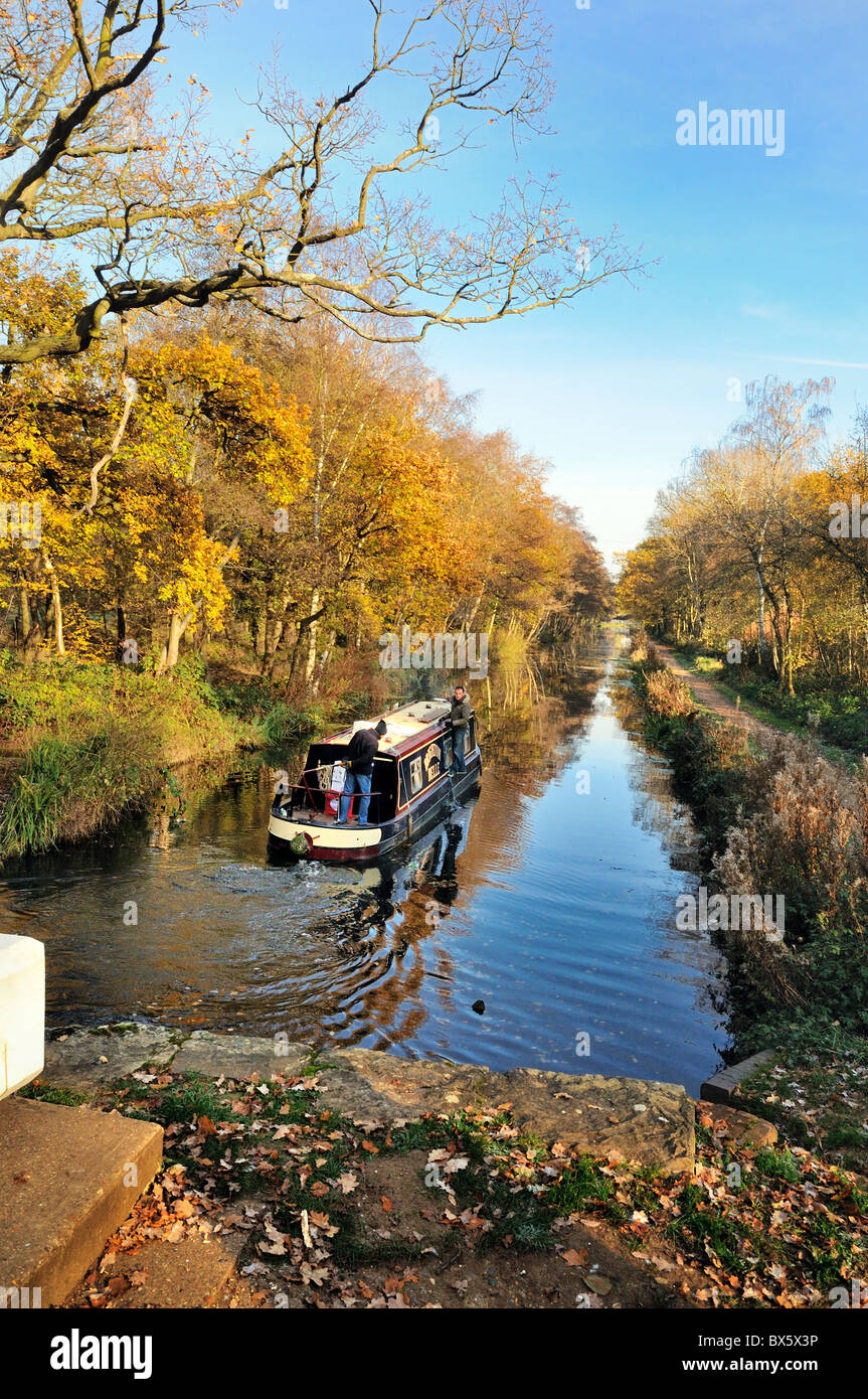 Narrow boats on the Basingstoke canal at Woodham,Surrey - Stock Image