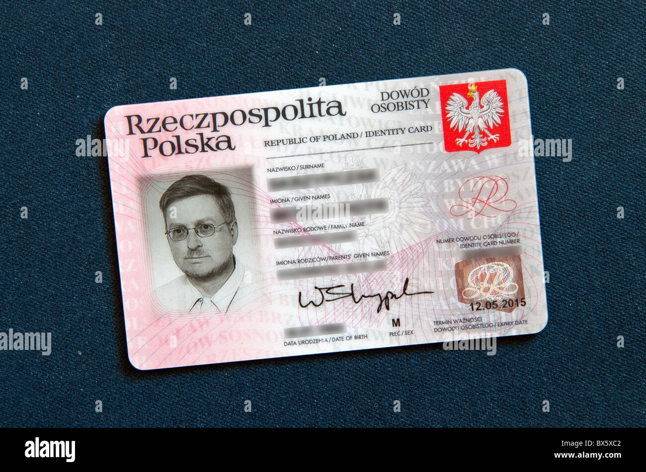 33321906 For European Identity Alamy In Traveling Card Stock Union Valid - Countries Photo Polish