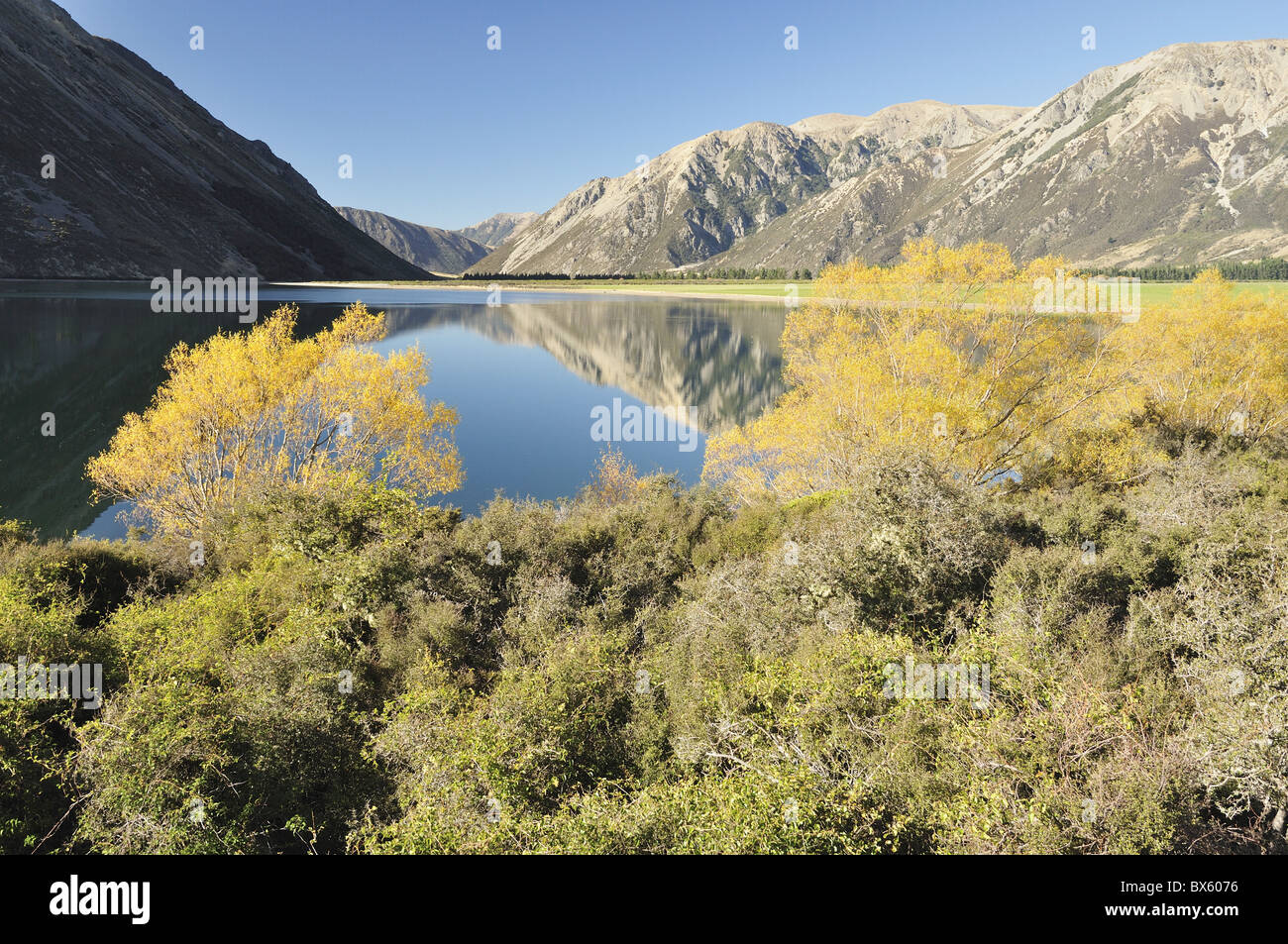 Lake Pearson, Canterbury high country, South Island, New Zealand, Pacific - Stock Image