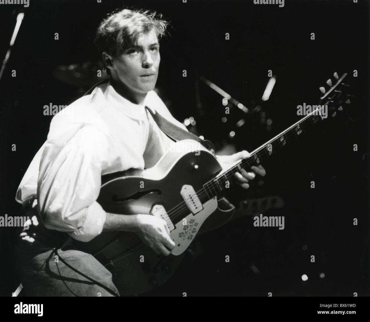 AZTEC CAMERA UK pop group with Roddy Frame about 1985. Photo Stephen ...