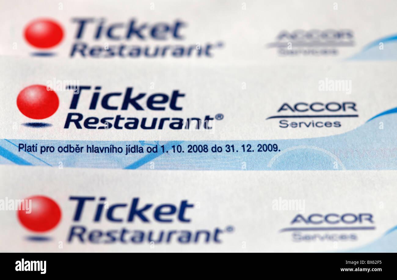 Meal Vouchers | Ticket Restaurants Meal Voucher Online | Edenred India
